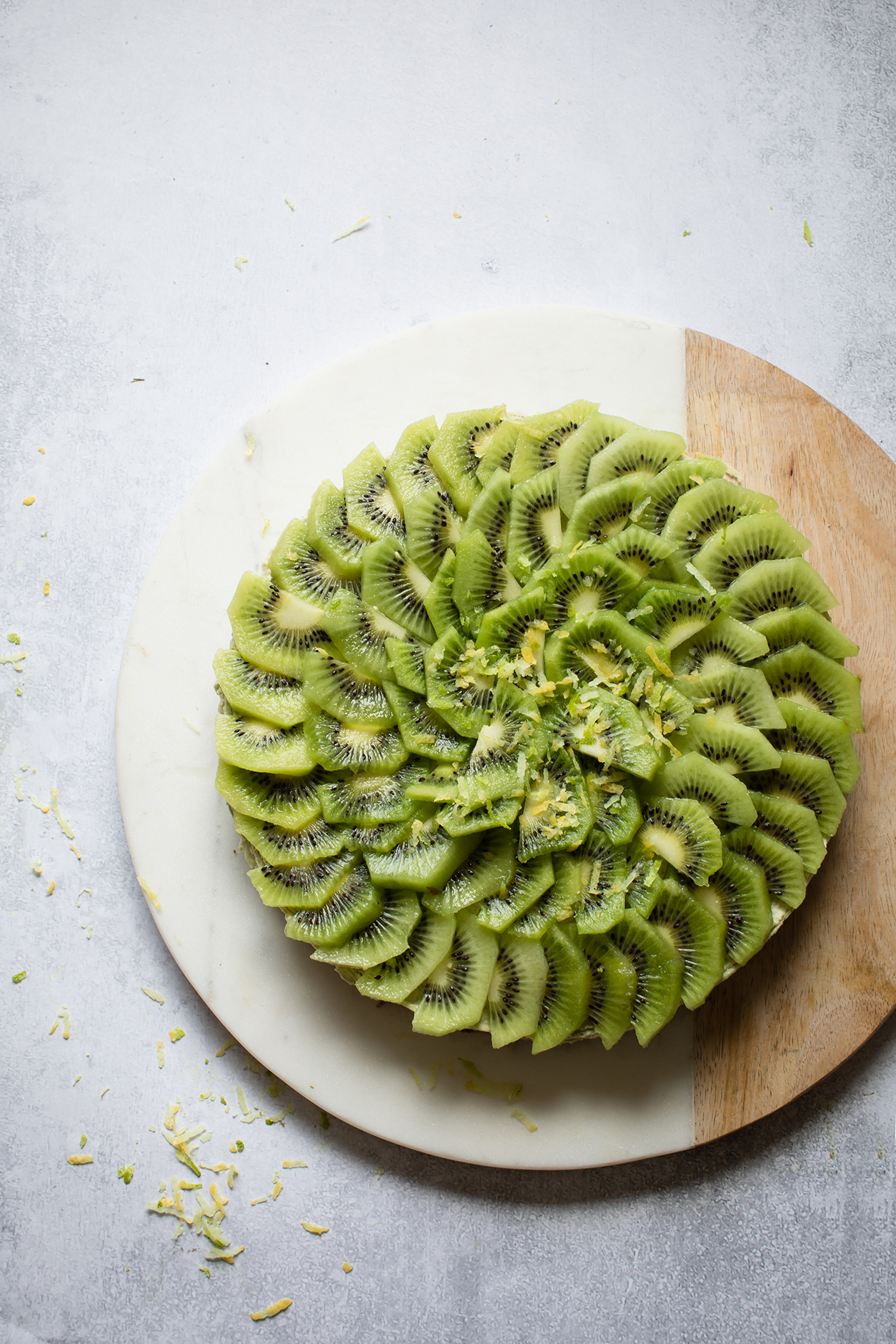 raw kiwi and lime cheesecake