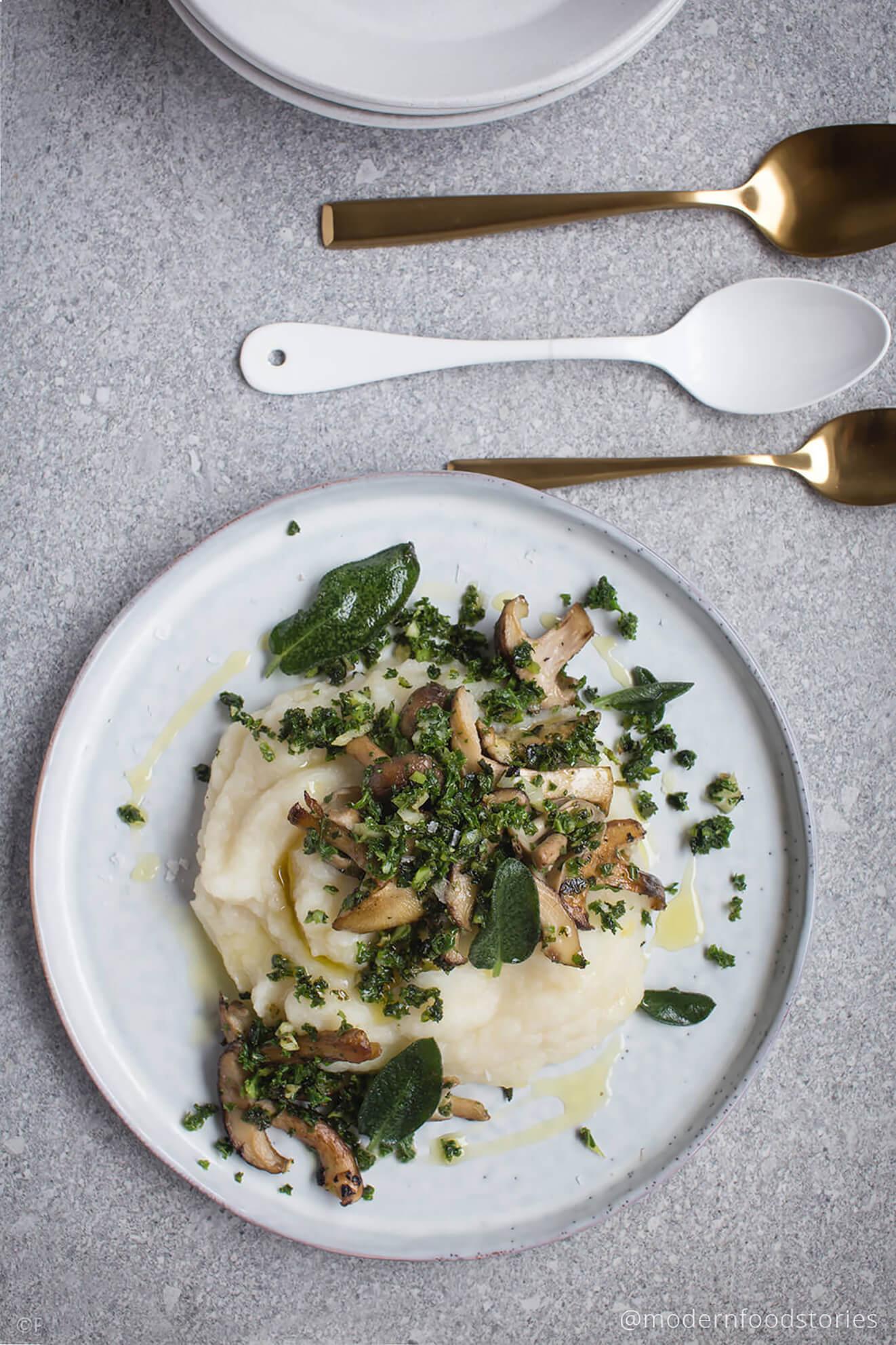 cauliflower mash recipe, cauliflower recipes, dairy free recipes, gluten free recipes, grain free recipes, Paleo, Keto, Paleo Crust, gut health, Autoimmune Paleo, Modern Food Stories, Keto Recipes, Low carb recipes, cauli mash