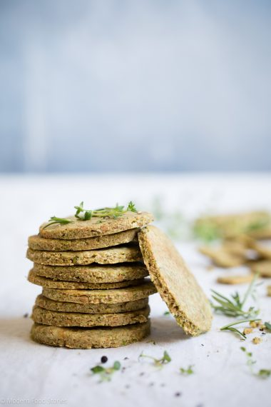 noatcakes, grain free crackers, gluten free crackers, gluten free oatcakes, grain free oatcakes, grain free snacks, Paleo oatcakes, Paleo crackers, low carb crackers, rosemary crackers, grain free rosemary crackers, Modern Food Stories, Keto oatcakes, Keto crackers, Keto snacks, food photography, Paleo Crust