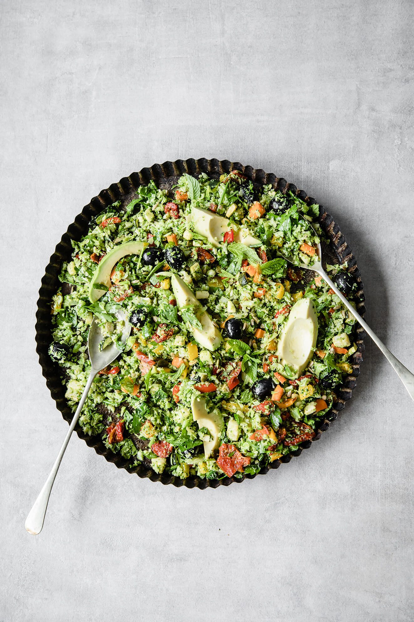 Nuts About Nutrients Broccoli Rice Tabbouleh I Low Carb Vegan