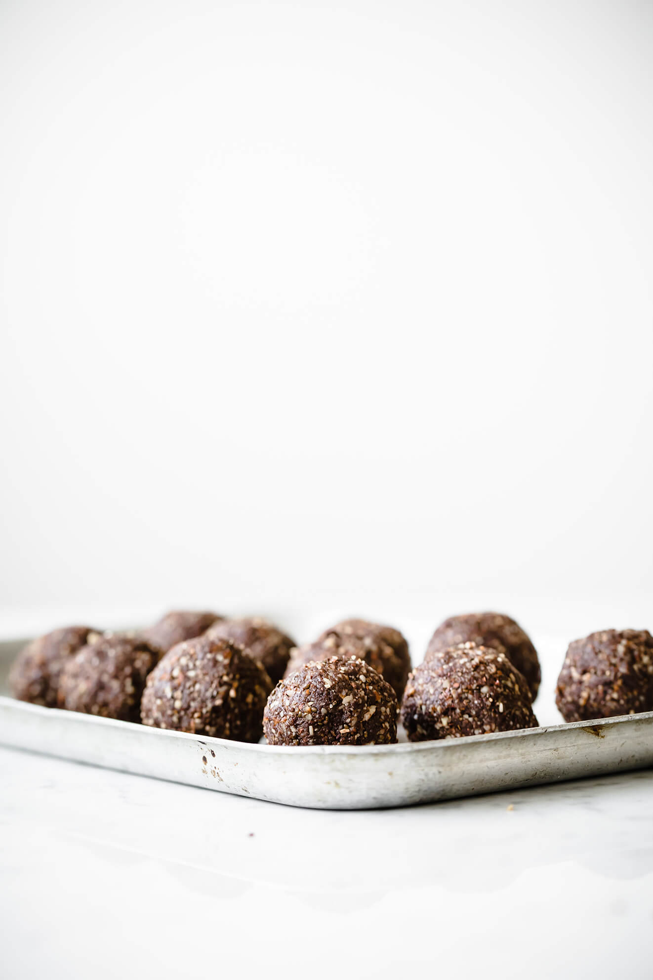Super reen Cacao Energy Balls, Modern Food Stories, London Food Photographer