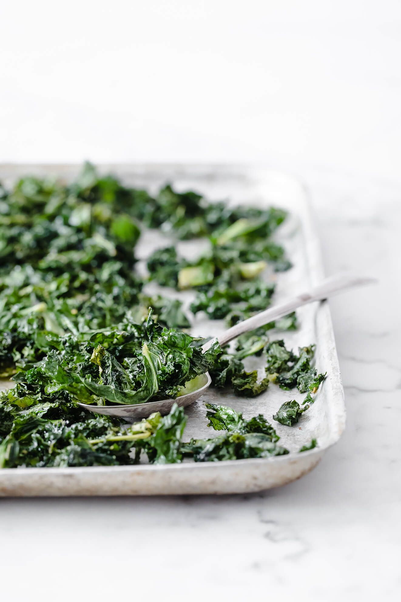 homemade baked kale chips